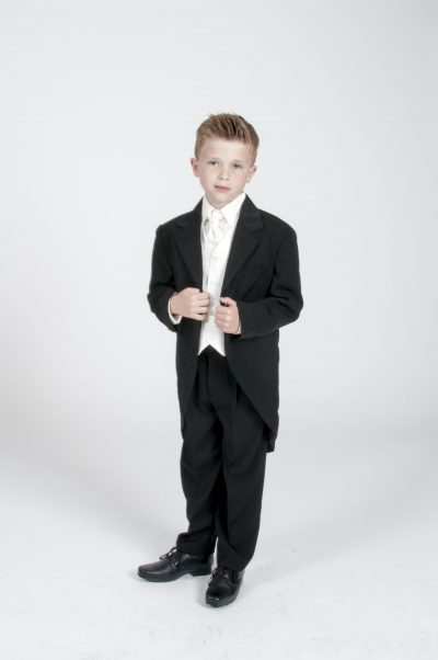 Vivaki 5 Piece Black Tail Suit in Cream-0