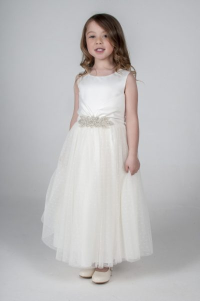 Visara Broach Dress In Ivory V341-0