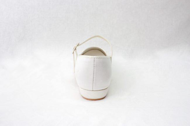 Girls Visara Satin Shoes in White-946