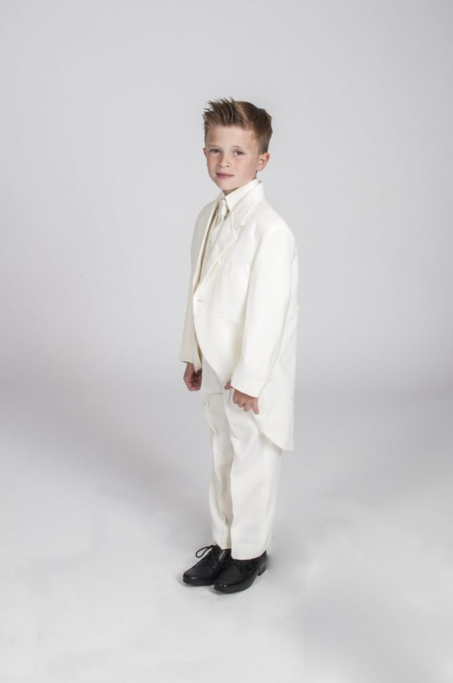 Vivaki 5 Piece Tail Suit in All Cream-489
