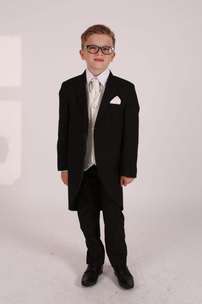 5 piece black/ cream diamond tailcoat -0