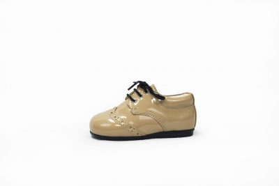 Boys brogue shoes in Beige-0