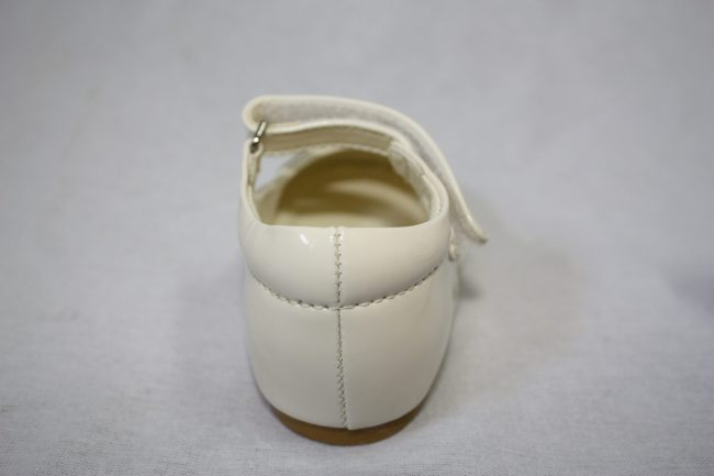 Girls Patent Cream With Diamond Strip-1580