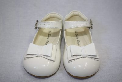 Girls Patent White Shoe With Bow-0