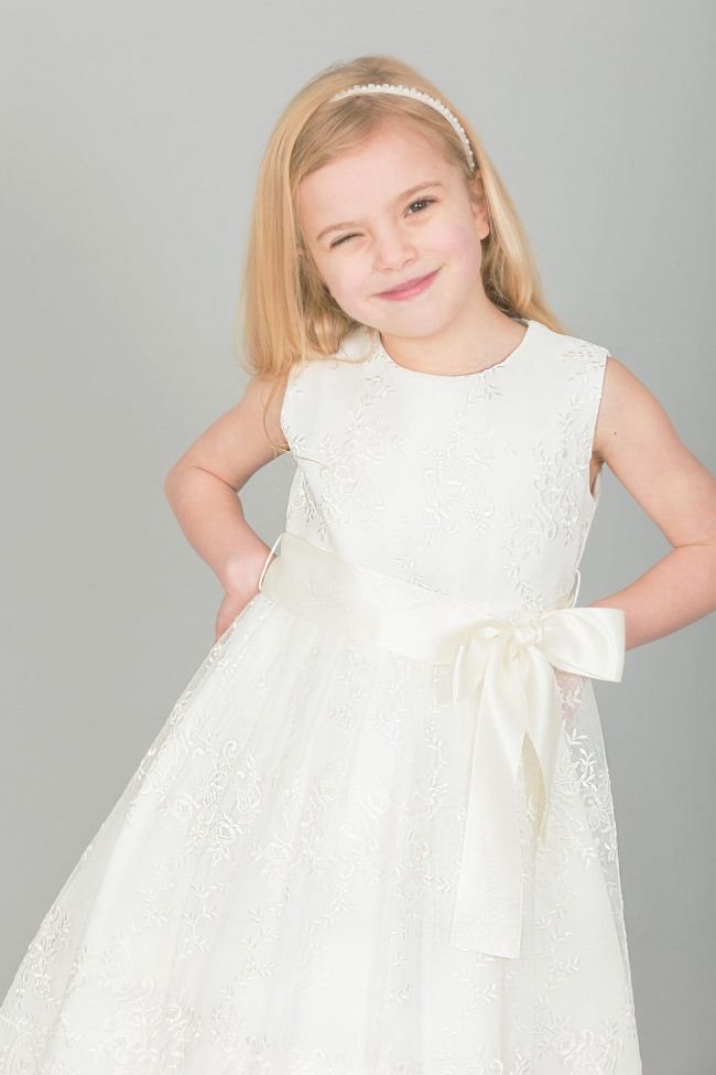 Girls Lace dress with Bow in IVORY-1636